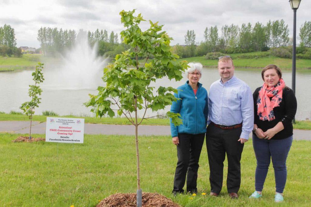 Blais plants 150 trees for Canada 150